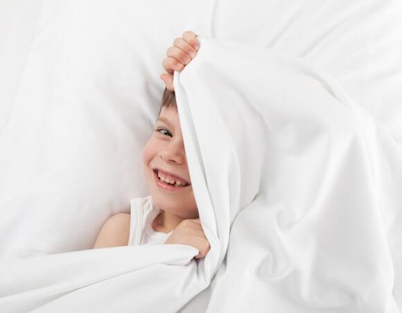 Les solutions pour venir à bout de l'énurésie nocturne de l'enfant