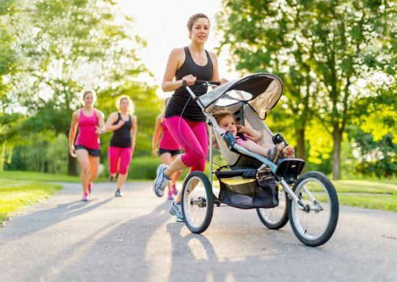 Quand et comment reprendre le sport sans risque après un accouchement ?