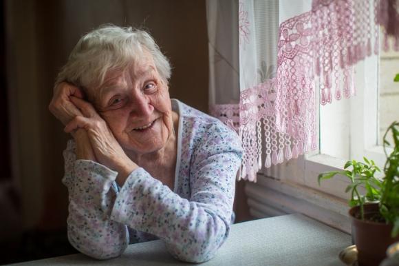 Comment bien choisir la couche d'un parent âgé ?