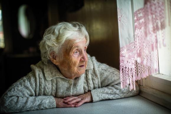 La solitude chez la personne âgée, des solutions existent
