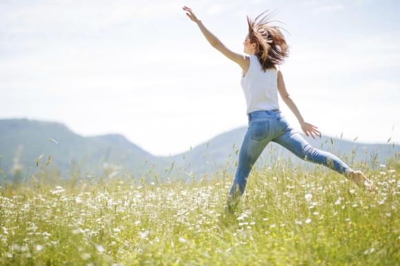 5 remèdes efficaces pour soulager les jambes lourdes