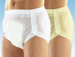 Culotte plastique ouvrante r�glable aux cuisses